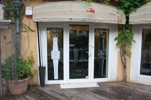 Actu : Bell & Ross ouvre sa première boutique à Paris 62871_040809-bell-_-ross