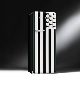 frigo noir r frig rateurs et cong lateurs sur enperdresonlapin. Black Bedroom Furniture Sets. Home Design Ideas