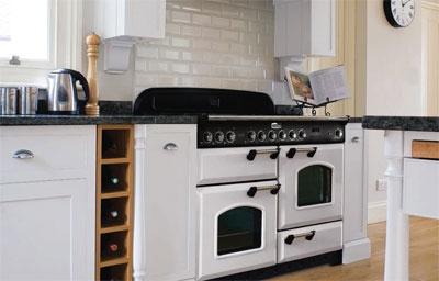 Les pianos de cuisson falcon subliment votre cuisine - Piano cuisine falcon ...