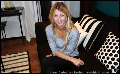 interview sarah lavoine en d co comme en mode je d teste le total look. Black Bedroom Furniture Sets. Home Design Ideas