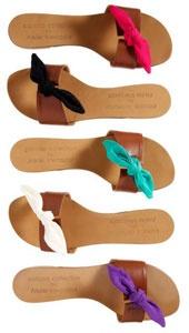 7256810df5923a En association avec Carioca Collection, Atelier Mercadal lance une sandale  exclusive en cuir naturel, disponible avec 5 nœuds interchangeables de  couleurs ...