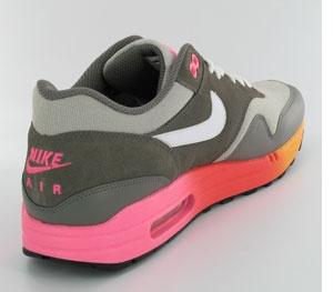En Des Nike Limitée Locker Foot Édition Chez 0kwO8Pn