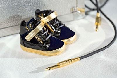 8e7e46ce031a7 Les enfants aussi ont droit à leurs chaussures de luxe avec Giuseppe Zanotti
