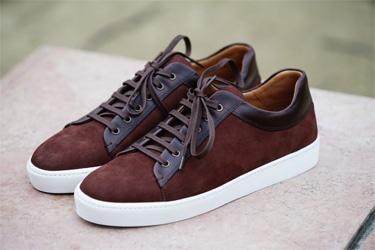 d6635b47fd8 Lancée en 2015 la marque Paire   Fils a su trouver sa place dans le monde  de la chaussure masculine avec sa vision unique de l élégance pour homme.