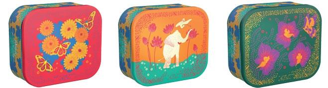 Christian Lacroix, Serge Bensimon et Sarah Lavoine, le designer Kenzo  Takada a dessiné les décors des nouvelles boites de gâteaux Delacre dans le  cadre